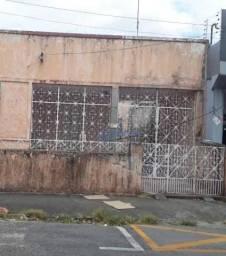 Título do anúncio: Casa com 4 dormitórios à venda, 550 m² por R$ 670.000,00 - Montese - Fortaleza/CE