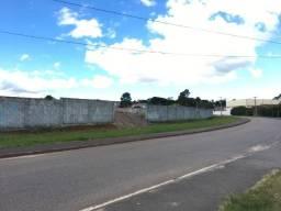 Área industrial 3.800 m²
