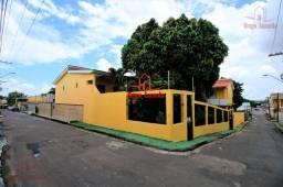Casa +2 Apartamentos no Conjunto Ajuricaba 5 suítes