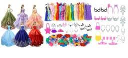 Sapatos Barbie Sapatinhos lindos roupinhas vestidos acessórios e demais itens de Barbie