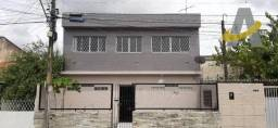 Casa com 2 Pavimentos - 5 quartos