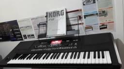 Teclado Korg PA300 Sampler