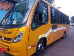 Ônibus Agrale MA10 2012