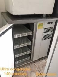 Ultra congelador de canecas