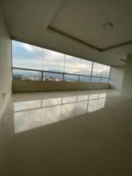 Vende-se casa  linear em condomínio nas Braunes
