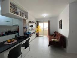 Apartamento bem localizado com 2 quartos sendo 1 suíte na Praia Comprida - São José