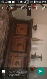 Móveis antigos de madeira