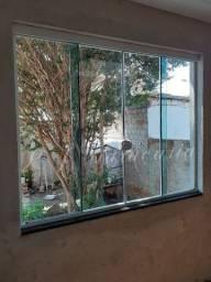 Box, janelas e portas de vidro