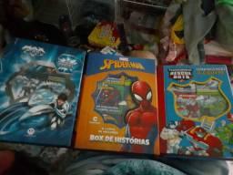 Kit 3 livros Box de historias infantil novos embalados.