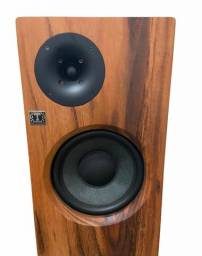 Caixas Acústicas Torre Trópic Áudio