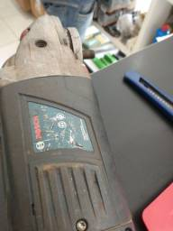 Esmerilhadeira Bosch 7 polegadas