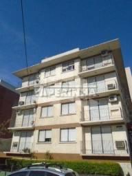 Apartamento para alugar com 3 dormitórios em , cod:I-031894