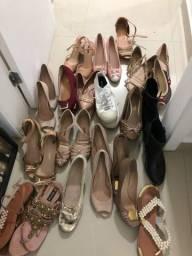 Lote de sapatos 39