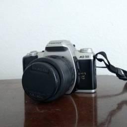 Pentax MZ-50 + Lente 35-80mm f/4-5.6