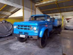 Caminhão Dodge D-950  1976