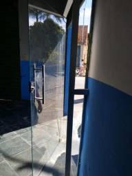 Porta de vidro para salão