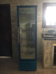 Geladeira de vidro