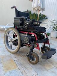 Cadeira de rodas motorizada
