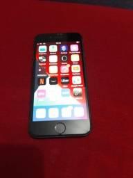 iPhone 8  64GB  1.350,00
