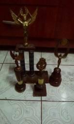 Troféu antigo