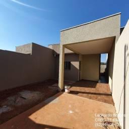 Casa de 2 quartos c/ suíte, garagem e quintal - Goianira-GO