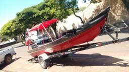 Barco de alumínio com 6m com motor Yamaha de 25hp e carretinha rodoviária