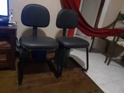 Cadeiras fixas tenho 4