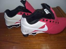 Vendo Tênis Nike Shox 4 molas 42