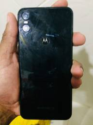 Moto one black
