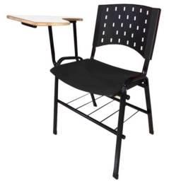 Vendo cadeira Universitária plástico resistente