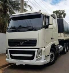 Caminhão semi novo modelo volvo FH440