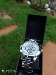 Relógios masculinos e femininos, digitais e de ponteiro