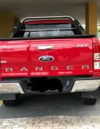 R$ 63.000,00 Ford Ranger XLT 3.2 CD - 2015