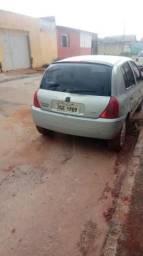 Vendo um Renault Clio - 2001