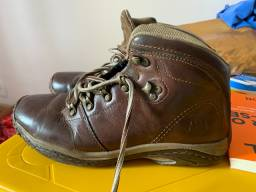Vendo bota Cat