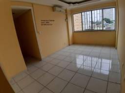 Título do anúncio: Vendo Apto no Edifício Montecarlo. Centro/O apto tem 96 metros/3 quartos