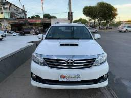 Hilux sw4 7 lugares 2015 r$:146.900 - 2015