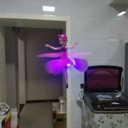 Mini dromedário bailarina
