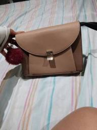Vendo bolsa super linda