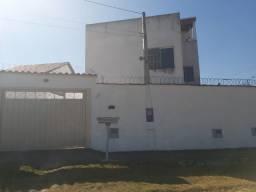 Vende-se apartamento térreo no bairro Industrial em Lorena-SP