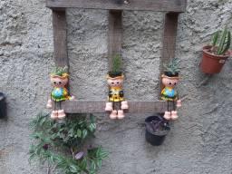 Boneca decorativa  para  planta