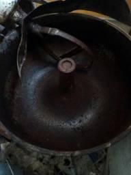 Masseira industrial pra 75 kg de farinha