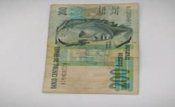 Várias cédulas e notas antigas do Brasil para colecionar