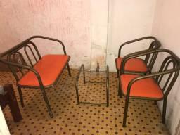 Vende-se conjunto de cadeiras completa