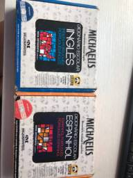 Dicionários de inglês e espanhol