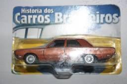 Miniatura de Carro Nacional Dodge Dart da Maísto