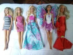 Vendo bonecas barbies com preço individual