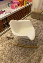 Cadeira Edwar James
