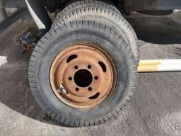Aro 20 caminhão D60 e pneus 900-20