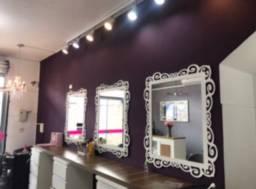 Vendo salão de Beleza, com clientela formada, *
